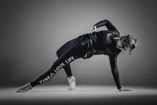 Saudi Arabia's First Female Fitness Apparel Line - Spinning®